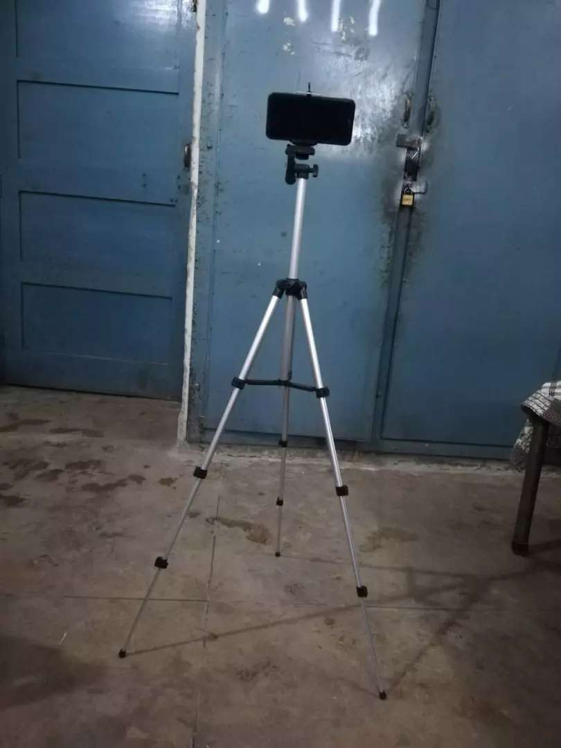 Tripod Stand for mobile and camera 0