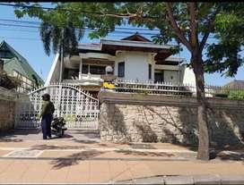 Dijual Rumah raya darmo Surabaya pusat