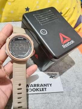 Dijual jam tangan ori sport merk Reebok