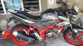 Honda CB 150 R.