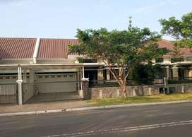 Rumah Prestige di BTD Candra Asih Kota Baru Parahyangan, View Danau