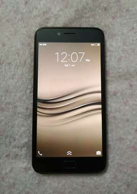 Vivo V5 S, 18 months used device