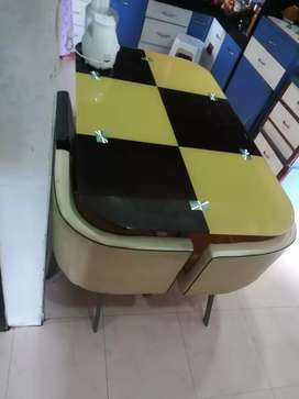 Dining table with 6chairs fixed price