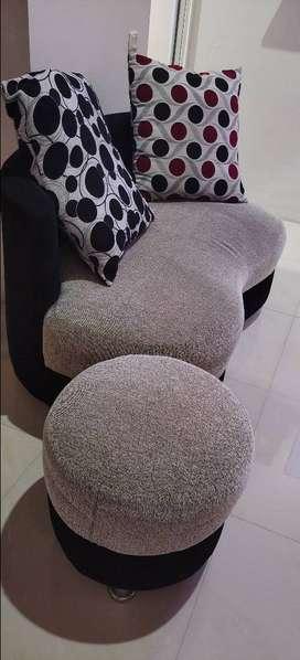 Dijual Sofa Minimalis kondisi 90%