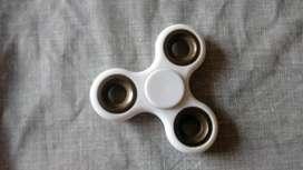 Fijit spinner