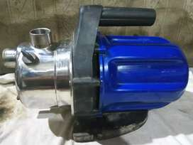 Pompa air stainless isi ulang air bersih