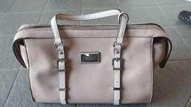 tas wanita keren GUESS original
