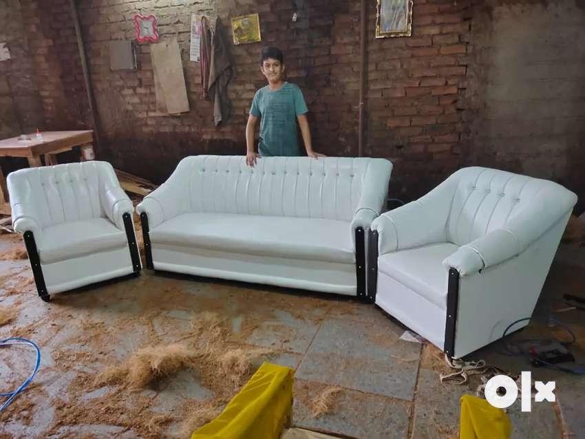 Brand new tokra sofa set..3+1+1+..  .Special offer