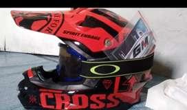 Di jual cepat helm cross 1.2, butuh uang segera