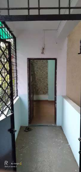 2bhk independent flat on main road for family and office purpose