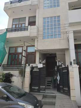 2BHK on Ground Floor - Service Class - Small Family - Lal Kothi