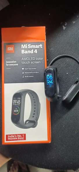 Mi band 4 3 month used