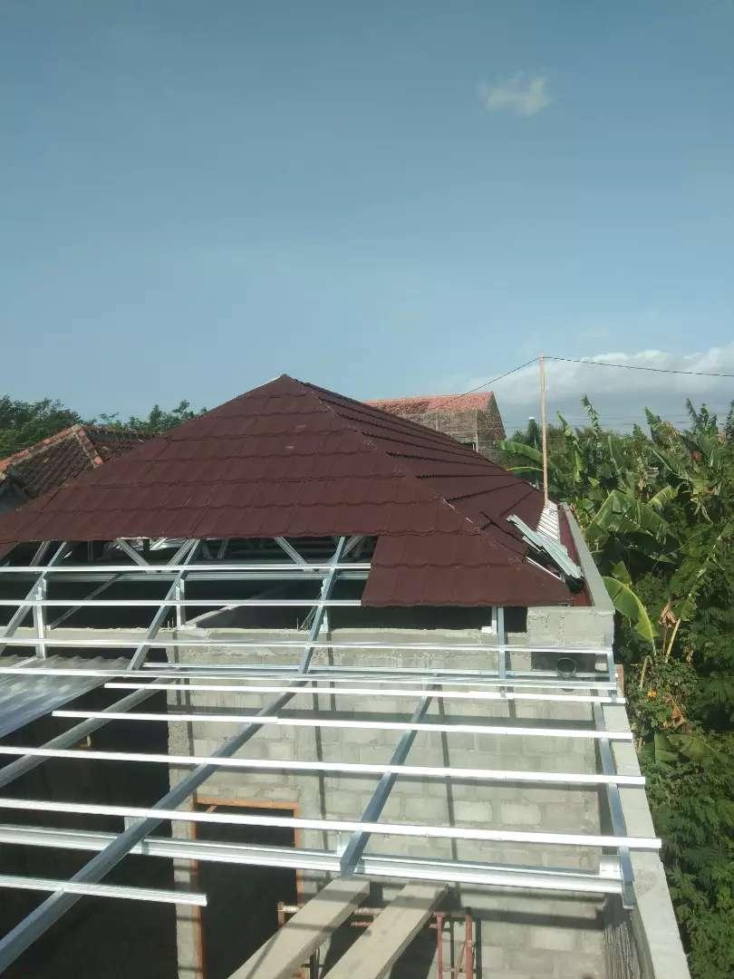 Baja ringan rangka atap era modern 0