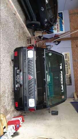 Di jual mobil L300