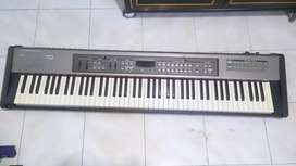 Roland RD 170 digital stage piano
