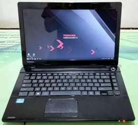 Laptop bekas murah (TOSHIBA) NEGO