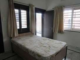 (10 Rental Properties) Shastri Nagar (For Executives & Professionals)
