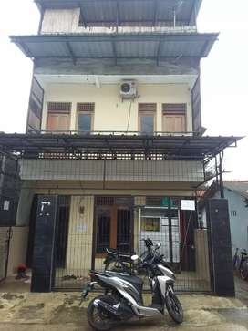 Disewakan Rumah 2 Lantai Sidareja Cilacap Jawa Tengah