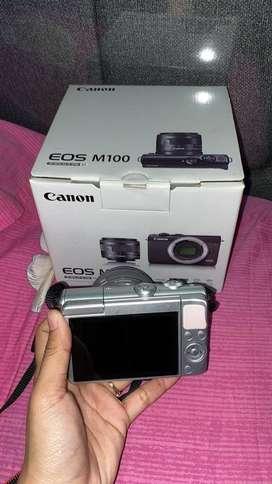 Kamera canon m100 (mirrorless)