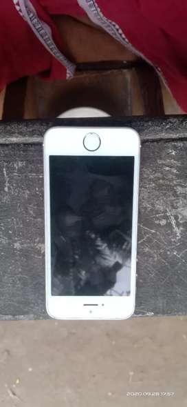 iPhone se 128gb no complaint urgent sale