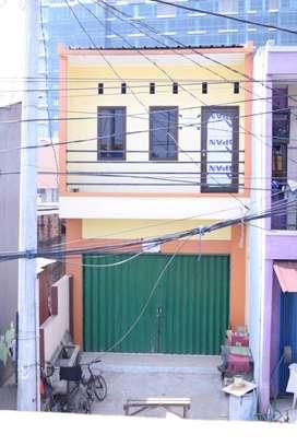 Di kontrakan Bangunan Dua lantai Jalan Siliwangi Rawalumbu Kota Bekasi