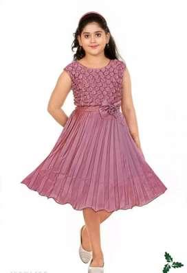 Pretty Stylish Girls Frocks & Dresses