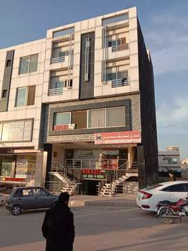 Fully furnished park face apartment for sale in Bahria Town phase 8 i