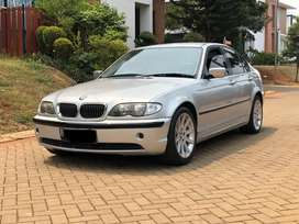 Bmw 318i 2002 e46 Facelift A/T km 90rb