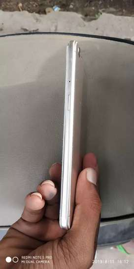 Gud condition this phone