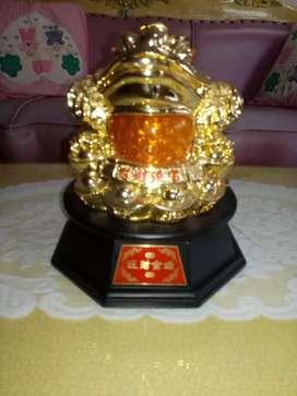 Keramik pajangan Kodok pembawa hoki