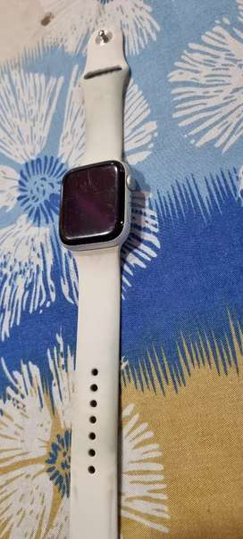 Apple watch mint condition series 5 44mm