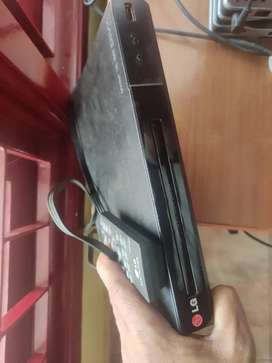 DVD PLAYER Rs.2000