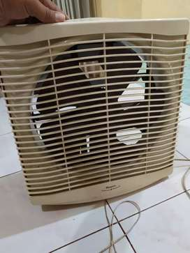 Exhaust fan jendela merk Maspion Rp 150.000