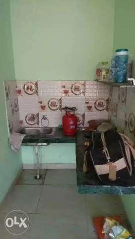 One room with kitchen n washroom in sec 56, chd