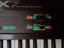 Yamaha dx7 di beli