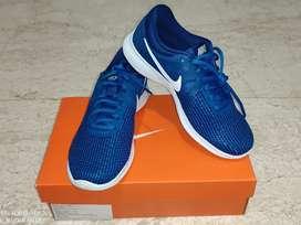Nike Revolution 4 Blue - BNIB
