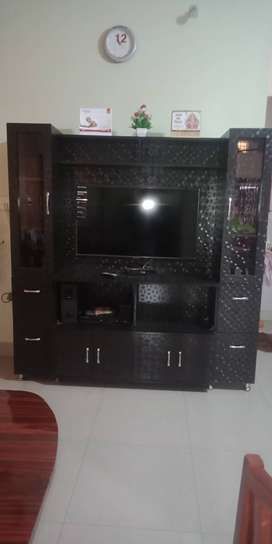 TV UNITS 6 X6 in just 18500