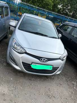Hyundai i20 magna diesel hygienically maintained.