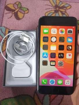 Iphone 8 64gb fullset bisa tt
