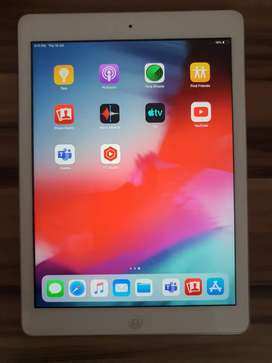 IPad Air 32GB WiFi+ Cellular Brand New Condition.