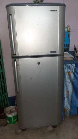 Samsung 230 litre double door refrigerator
