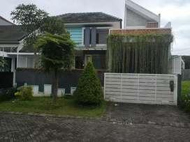 Rumah super cantik mewah konsep lingkungan hijau alami