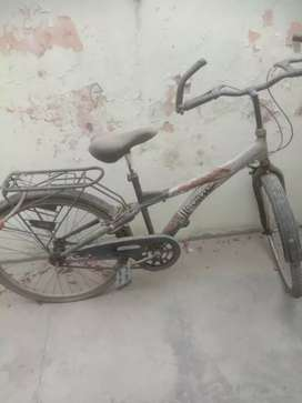 Good condition cycle. Very less used
