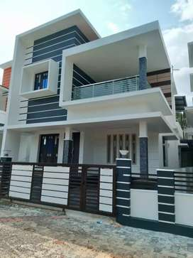 3 bhk 1450 sqft new build at kakkanad pukattupady near kunjattukara