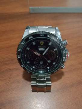 Jam tangan pria merk ferrari