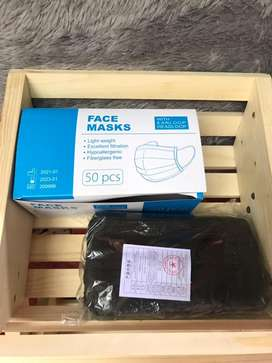 Masker Hitam, Putih & Biru