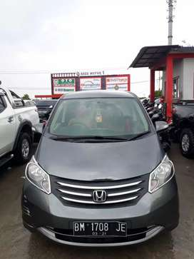 Freed 2011 PSD matic. Km 73rb