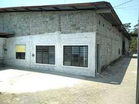 MR/057164 Gudang Disewakan di dekat Jalan Magelang Km7,5