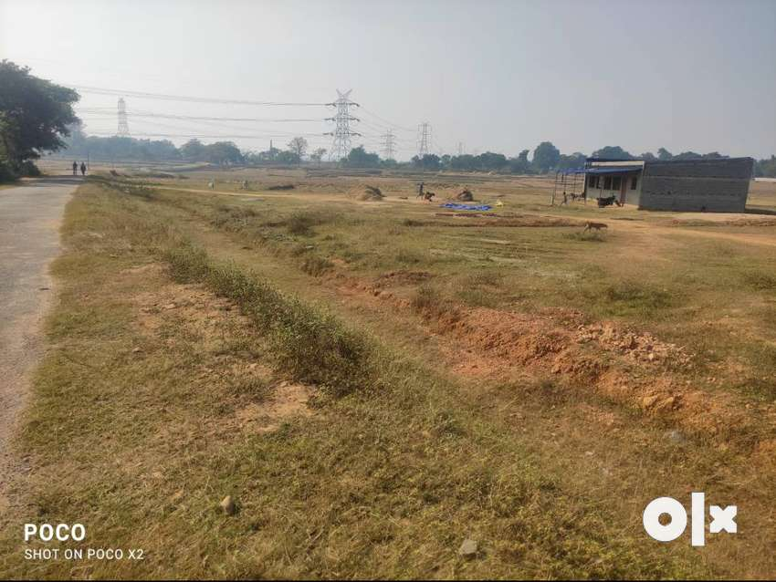 2178sqft plot for sale lenth 65ft breadth 35ft road 20ft ormanjhi. 0