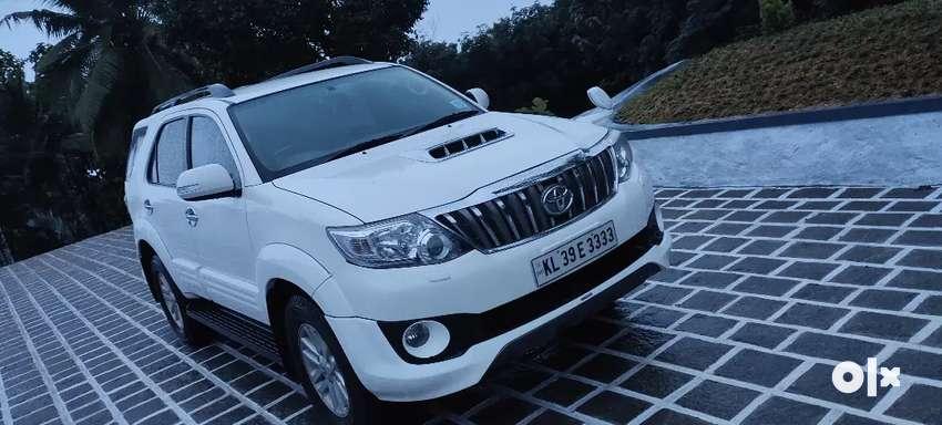 Toyota Fortuner 2012/10 0